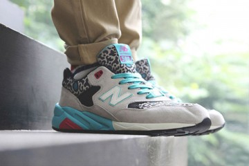 kasina-new-balance-mrt580-ks-sneakers-1