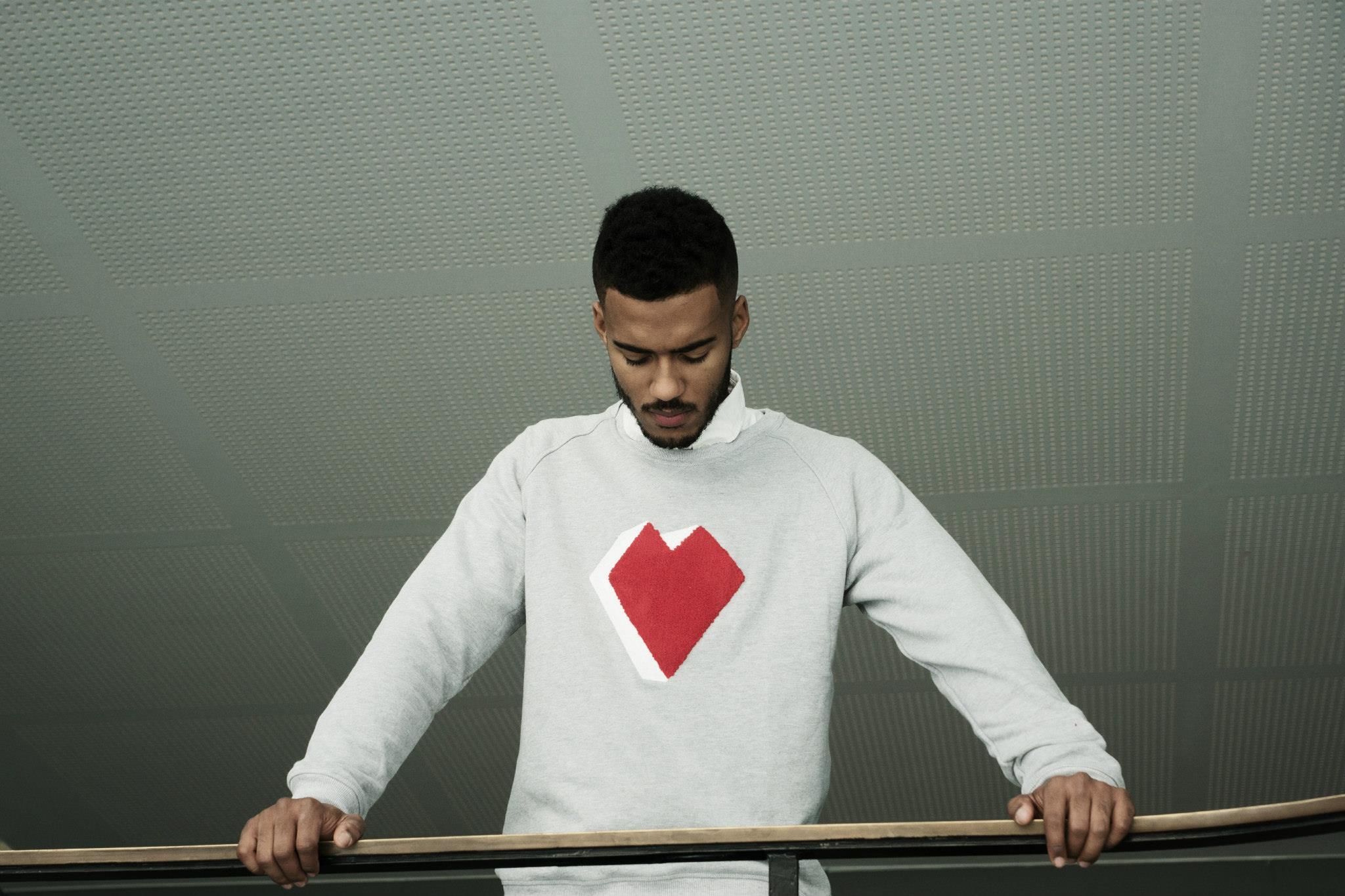 EverydayFresh Arternative FW14 Lookbook Grey Heart Sweater