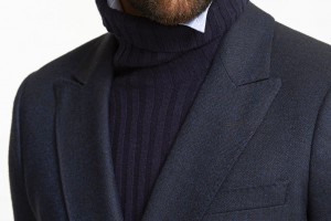 Gant Fall 14 Turtle neck with collar up Close