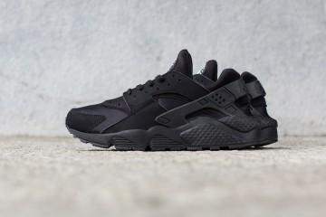 Nike Air Huarache Zwart Tripple Black
