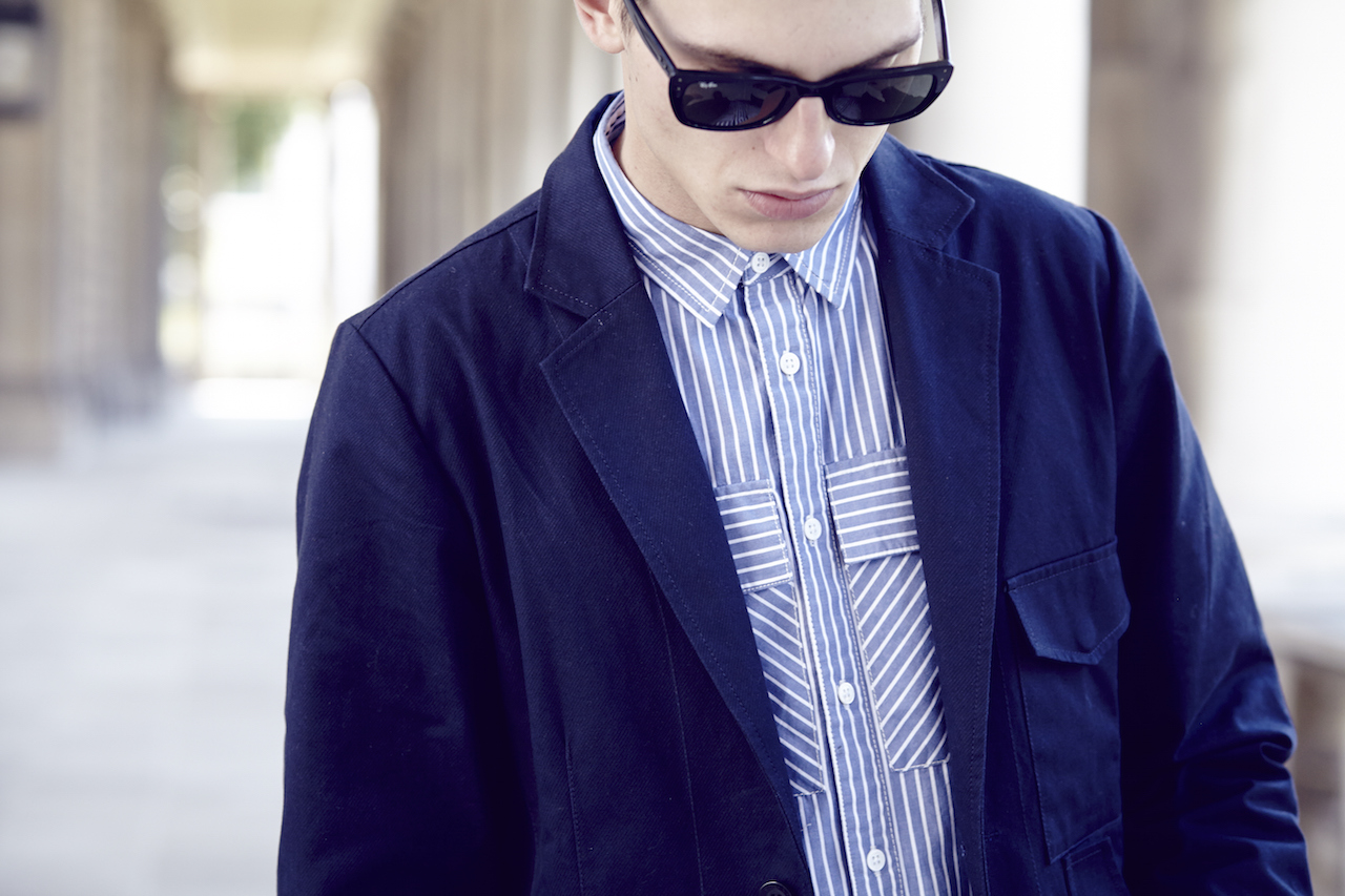 Notch London SS15 Lookbook Blauw jasje en gestreept overhemd