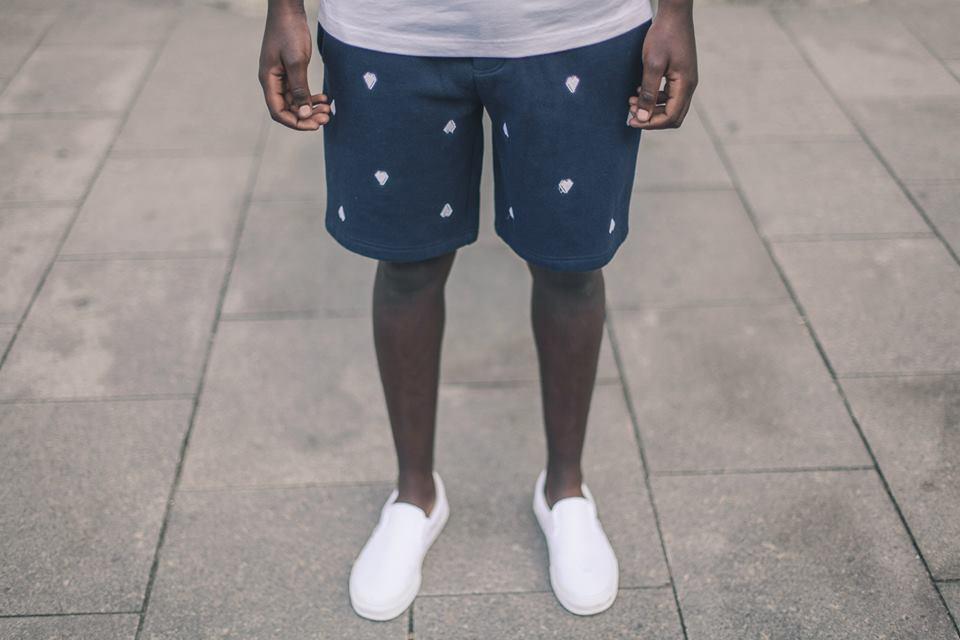 Arternative Hartjes korte broek blauw