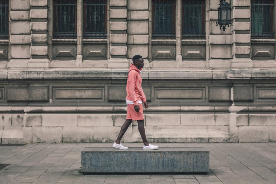 Arternative Roze hoody en korte broek 1
