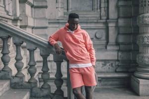 Arternative Roze hoody en korte broek 2
