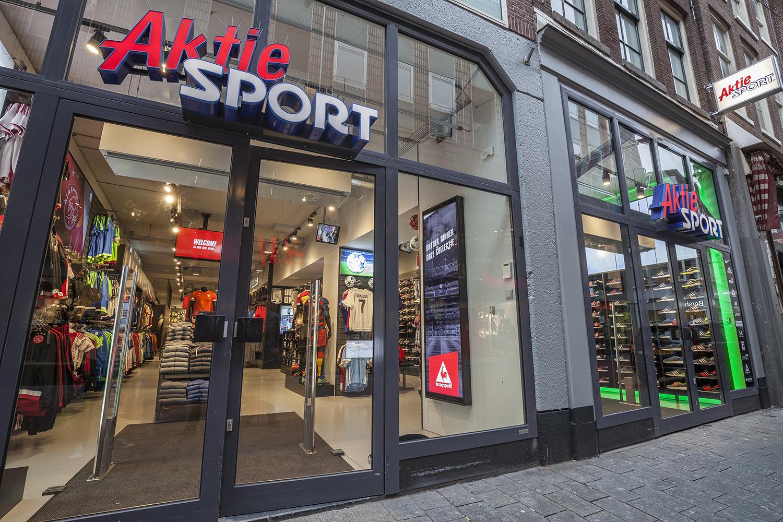 Aktiesport opening Amsterdam Etalage